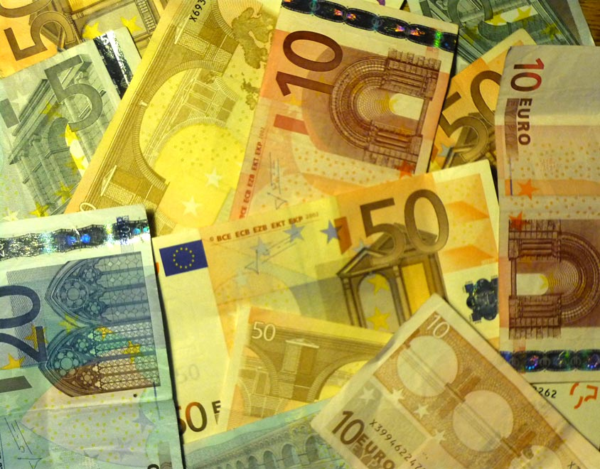 Steuern sparen mit der richtigen Aufteilung des Sparerfreibetrages